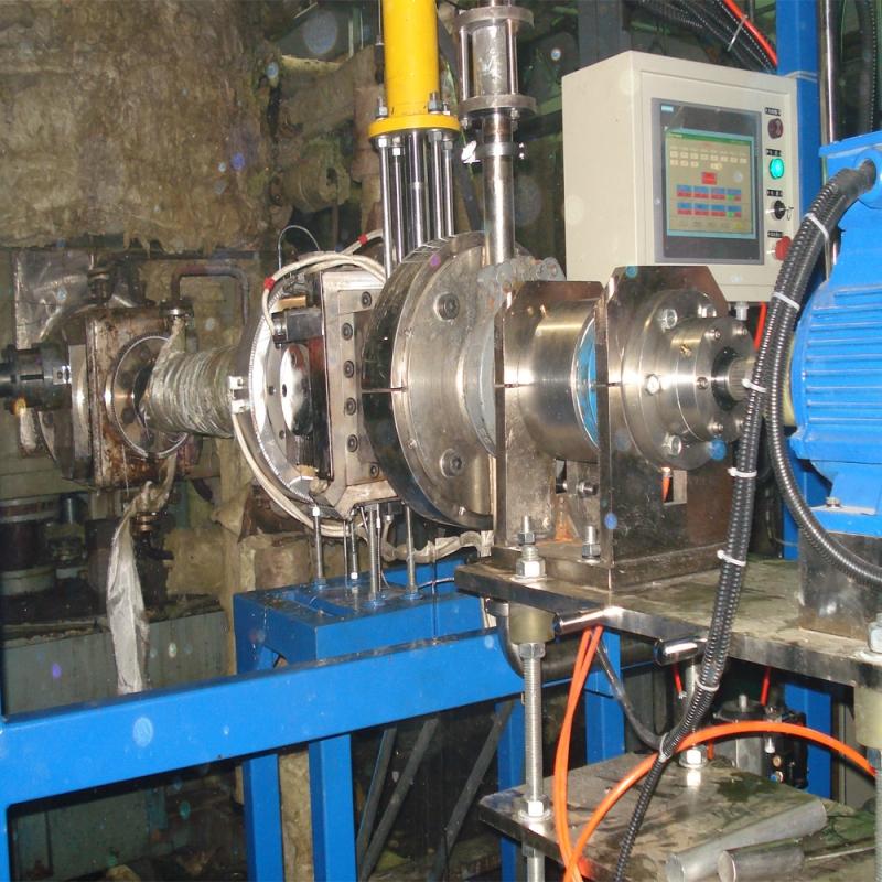 反应釜熔体泵接水下切粒